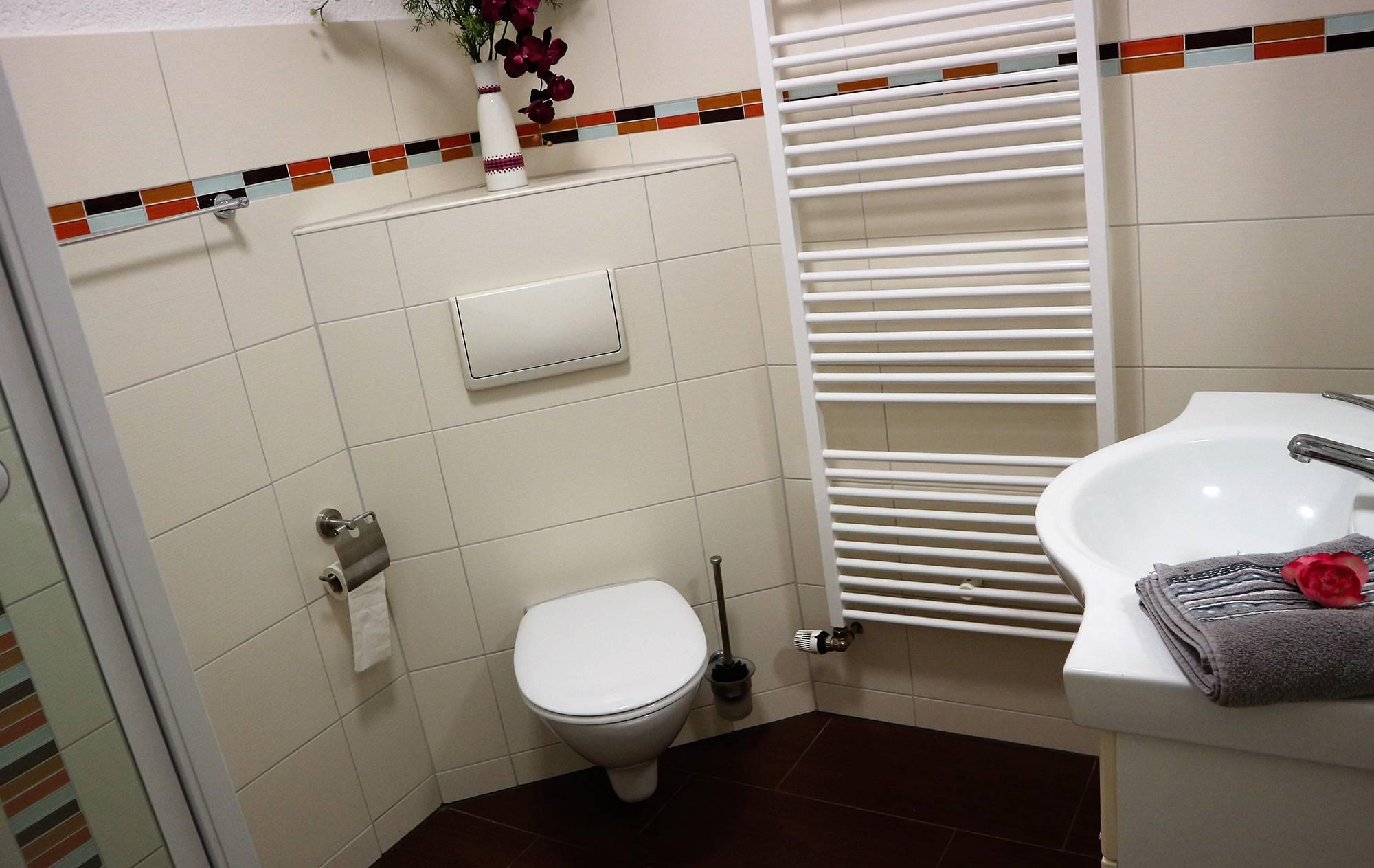 bootshaus-ditze-ferienwohnung-bad