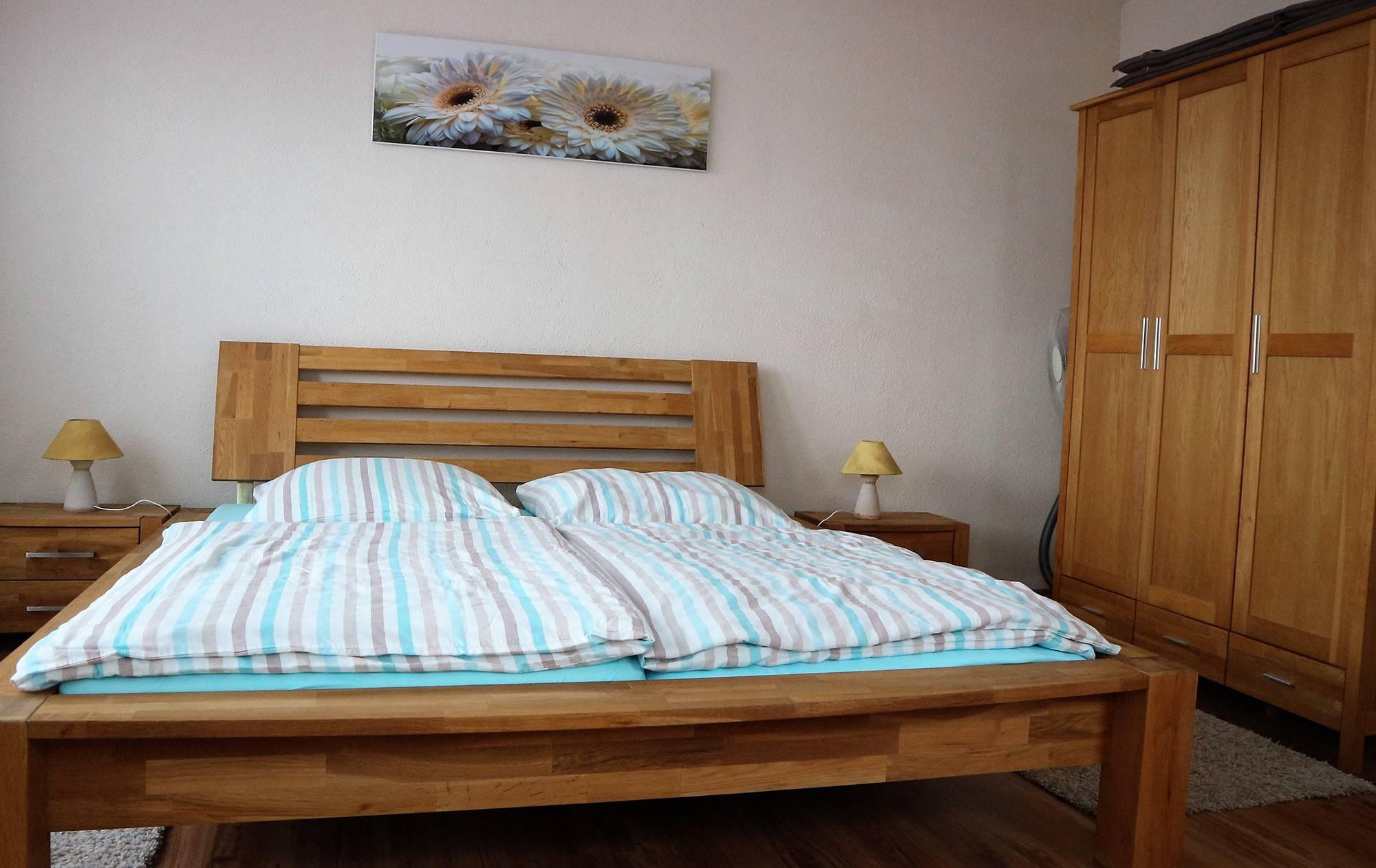 bootshaus-ditze-ferienwohnung-schlafzimmer2